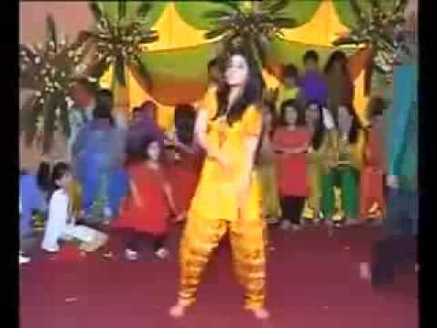 bangladeshi girl dance villege wedding low
