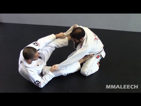 The first spider guard sweep you should learn - BJJ spider guard sweeps - Part 1 of 2