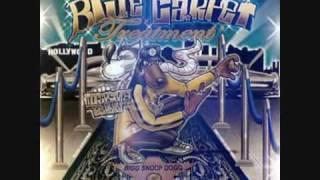 Watch Snoop Dogg Beat Up On Yo Pads video