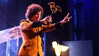 Behind the scenes: BUNBURY recibe el premio como Mejor Artista Rock-Pop en PremiosLA 2014