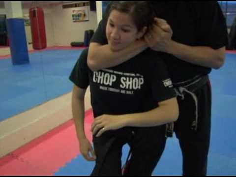Essential Self-Defense Tips: Choke Hold Releases Image 1