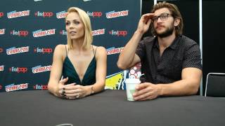 Bitten's Laura Vandervoort and Greyston Holt Too Much Hotness at One Table!!