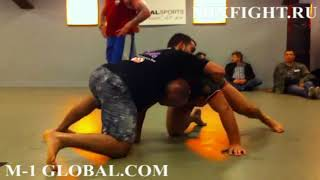 Fedor Emelianenko (Федор Емельяненко) train grappling