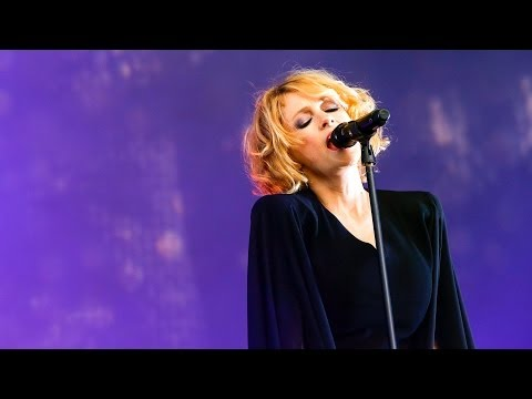 Goldfrapp - Strict Machine at Glastonbury 2014