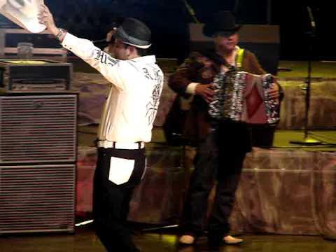 Larry Hernadez Y Roberto Tapia -El Gallo De Sinaloa