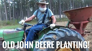 John Deere 8530 Working Hard in The Mud During Maize / Corn Chopping | JD 8370R | Häckseln 2017