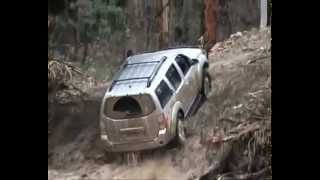 nissan pathfinder crossing river