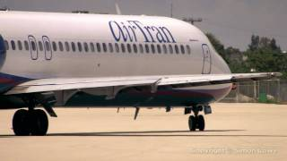 AirTran Boeing 717. Palm Beach International Florida