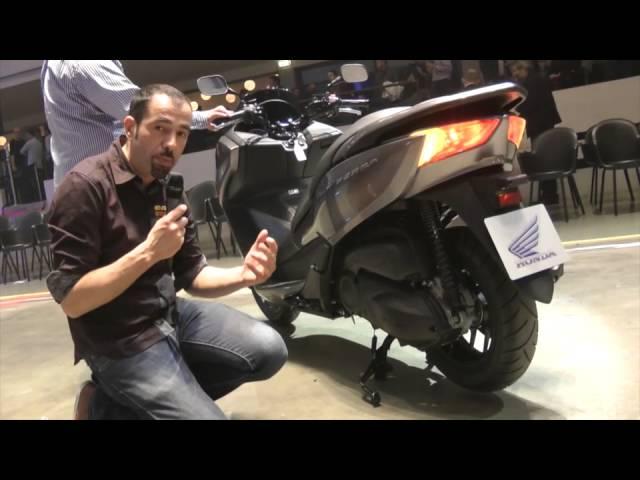 Vid�o En direct de Milan EICMA : Honda Forza NSS 300, retour en forze !