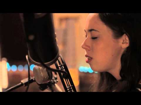 Sarah Jarosz &quot;Ring Them Bells&quot; : The Americana Sessions