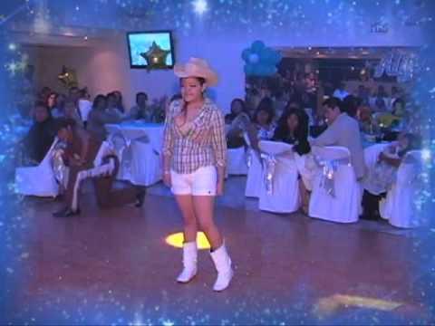 15 años de alyna cumbia texana mix 2010.mpg