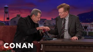 download musica Jeff Goldblum Thinks Palm Reading Is Nonsense - CONAN on TBS