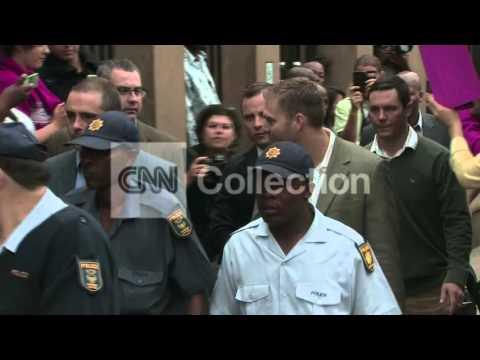 SOUTH AFRICA: OSCAR PISTORIUS TRIAL ARRIVAL (THUR)