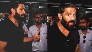 Sunil Shetty Gets Angry On Fan For Touching Him From Behind