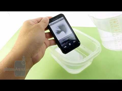 Video: Motorola DEFY Video Review