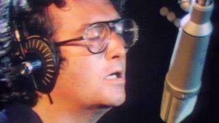 Watch Randy Newman Short People video