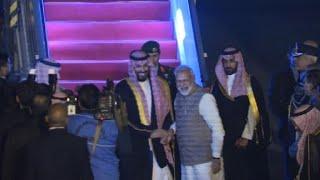 Saudi Arabia's Crown Prince Mohammed bin Salman arrives in India