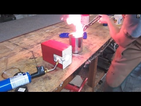 How To Heat-treat An O1 Knife Blade Using Cheap Common Tools. video