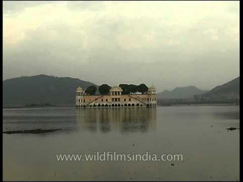 Jal Mahal Palace amidst Man Sagar Lake in Jaipur, Rajasthan