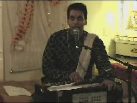 Pundit Munelal Maharaj - Aao Gurudev Dharshana....