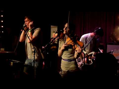 Los Campesinos! - International Tweexcore Underground (live)