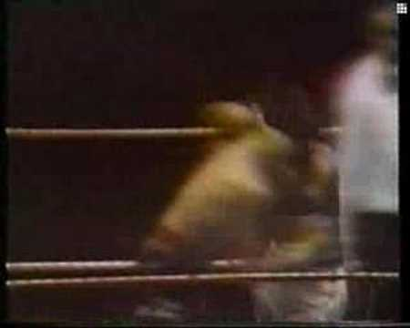 Carlos Monzon vs Rodrigo Valdez II Round 15 Video