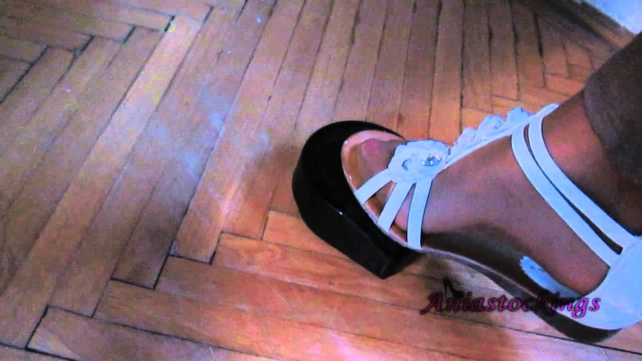 Pedal Pumping Flooring : Ania pumping sewing machine pedal flooring toes youtube