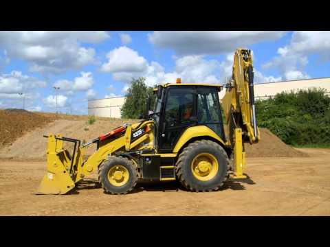 Daily Service Checks for Cat® F2 Backhoe Loaders (Europe)