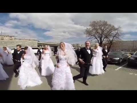 СВАДЕБНЫЙ ФЛЭШМОБ  10 невест 10 женихов