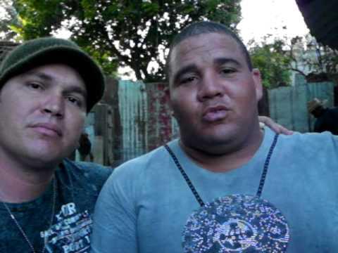Jailen Fuentes criador de gallos cubano que estará en la EXPOGALLOS 2010 Video