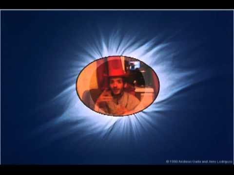 Солнечное затмение, балаболки над шляпой свистят, что Шляпа дырявое солнце