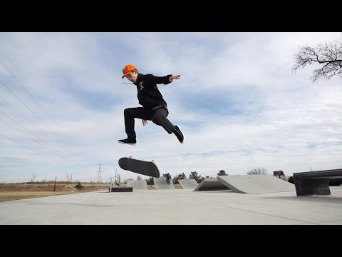 Skateology: Nollie 360 flip with Chase Jones