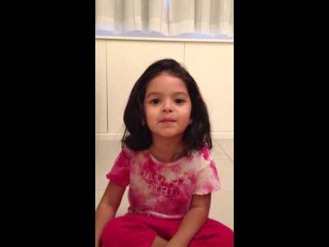 Noa attempting Bollywood songs at 3 years- Chanda Mama door...