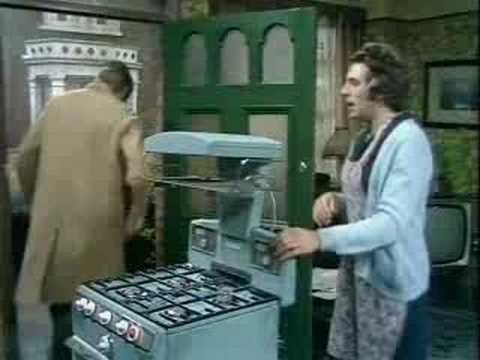 Monty Python - New Cooker Sketch