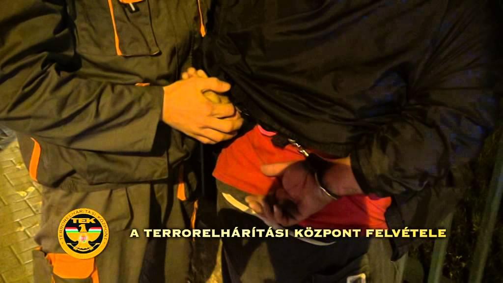 Két körözött bűnözőt is elfogtak - videó