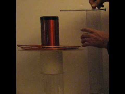Tesla Coil--Free Energy from the Atmosphere