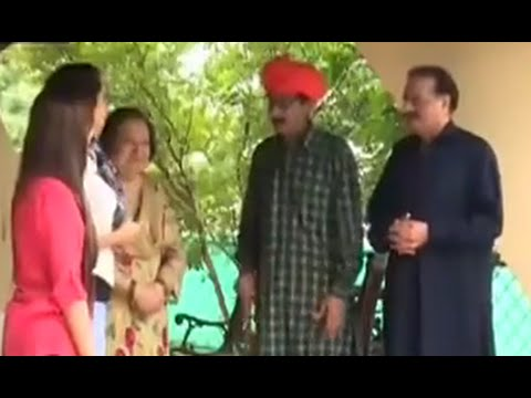 General Hameed Gul with Family in Sawa Teen Urdu Comedy Show by Neo News