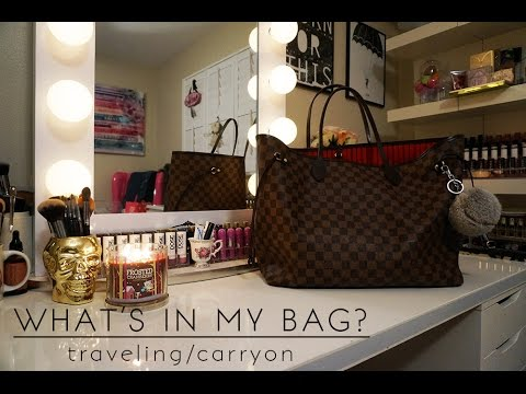 What's In My Bag: Carryon | Travel