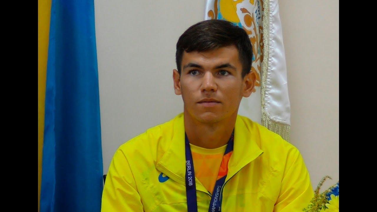 Чемпіон Європи Мар'ян Закальницький дав прес-конференцію в рідному селі