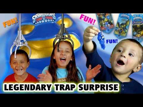 3 Legendary Traps Surprise!! Skylanders Trap Team MICRO COMIC FUN PACKS Unboxing (Toys R Us Excl.)