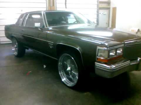 Cadillac Coupe DeVille 1981 Box 24