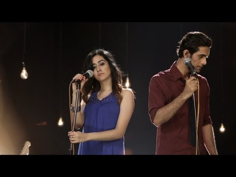 Tum Hi Ho (acoustic Cover) -- Aakash Gandhi (ft. Sanam Puri, Jonita Gandhi, & Samar Puri) video