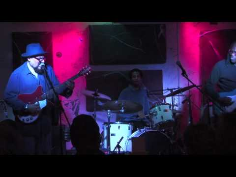 Jimmy Vivino and Joe Louis Walker- Filmed at Brian's BBQ for Mike Bloomfield Shows in January