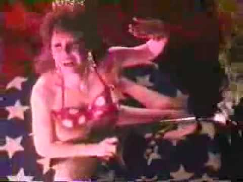 The Cramps - Bikini Girls With Machine Guns