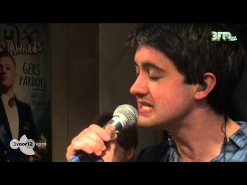 Villagers  &#039;Nothing Arrived&#039; live @ 3voor12 Radio