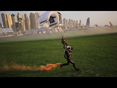 Landing the world's smallest parachute at Skydive Dubai