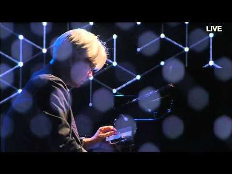 Alva Noto Ryuichi Sakamoto Live in 2012