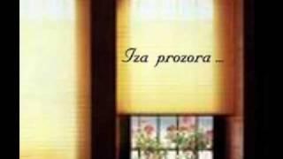 Watch Crvena Jabuka Iza Prozora video
