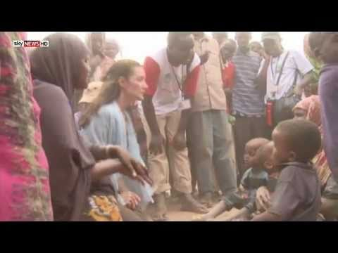 Oxfam Ambassador Kristin Davis gets behind the East Africa food crisis appeal