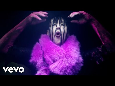 Marilyn Manson - Slo-mo-tion video